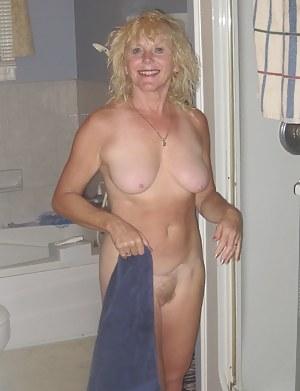 Free MILF Girlfriend Porn Pictures