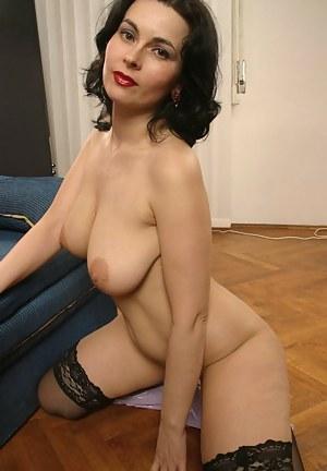 Free MILF Moms Porn Pictures