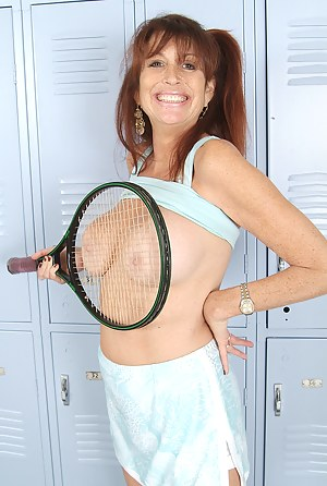 Free MILF Sports Porn Pictures