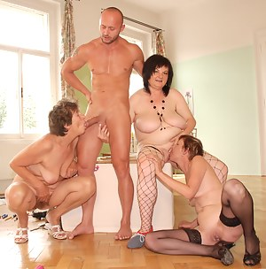 Free MILF Foursome Porn Pictures